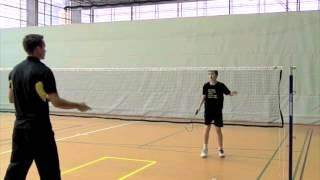 Badminton Technikvideo: Rückhand Swip Longline (Badminton Technique: Backhand Lift)