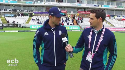 Chris Woakes on day three morning