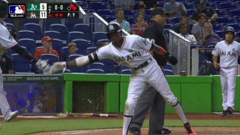 OAK@MIA: Stanton extends the lead with an RBI single