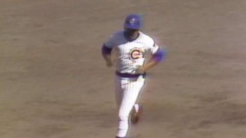 STL@CHC: Williams hits 37th homer of 1972, solo shot