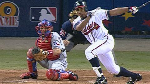 2000 ASG: Andruw Jones hits an RBI single in the 5th