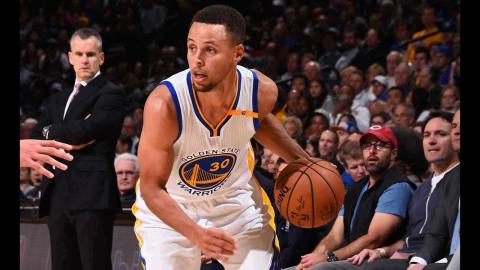 Steph Curry Scores 21 Points in Big Win Against Thunder