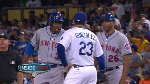 NYM@LAD Gm2: Granderson, Adrian chat about close play