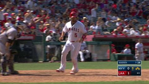 NYY@LAA: Simmons drives home second run of game