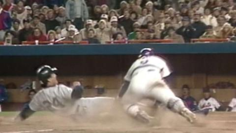 1986 WS Gm1: Mitchell throws out Evans at home