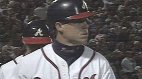 NYM@ATL: Jones hits a pair of solo home runs