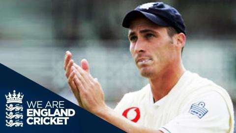 The 2005 Ashes: Simon Jones Takes Superb 5-44 in 4th Test at Trent Bridge