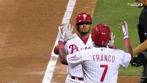 ATL@PHI: Phillies' bats get hot for five-run 6th