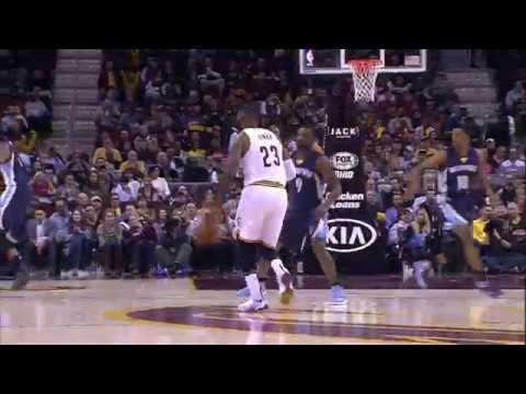LeBron Shows Off Court Vision on Assist to Love | 12.13.16