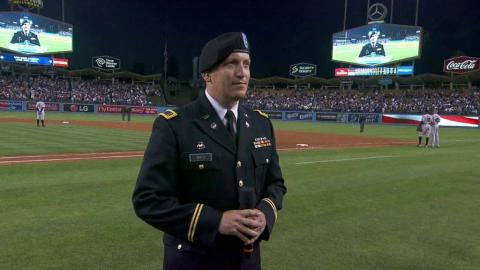 BAL@LAD: Army officer Smith sings