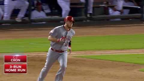 LAA@TEX: Angels score six runs in the 6th