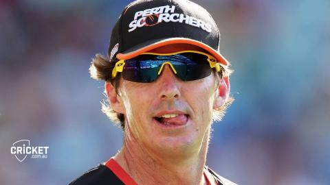 Langer 'very disappointed' with Brad Hogg