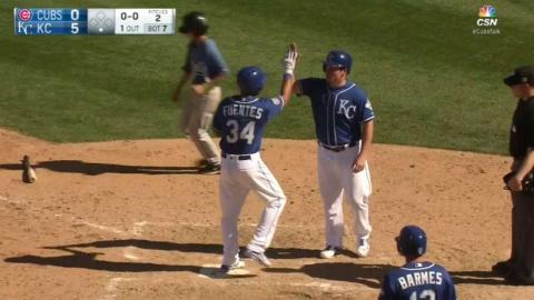 CHC@KC: Fuentes smacks a three-run shot to right