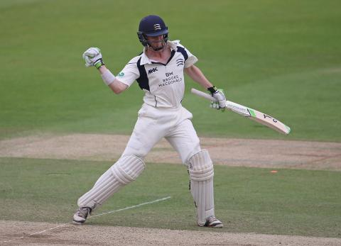 Gubbins doubles up as Middlesex reply - Middx v Lancs, Day Three