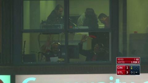 CIN@STL: Bengie calls Yadier's homer on Spanish radio
