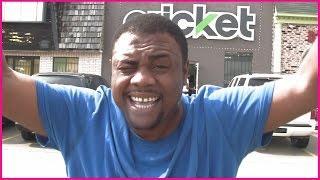 BLACK MAN ANGRY AT CRICKET (Phone Store) @SIGGAS