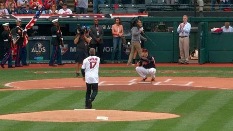 NYY@CLE Gm2: Travis Fryman throws out first pitch