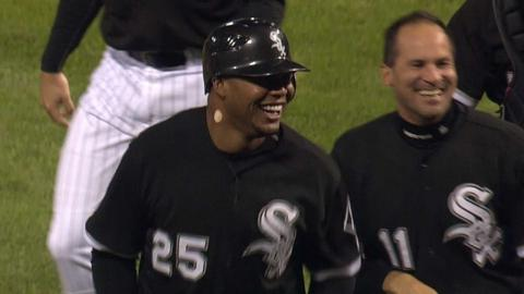 Jones hits a walk-off homer against the Mariners in 2010