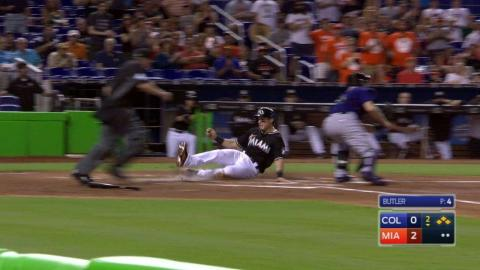 COL@MIA: Yelich pads lead with two-out, two-run hit