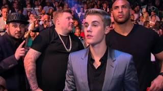 Justin Bieber Between Boxing Rounds At Floyd Mayweather Vs. Manny Pacquiao Fight - May 2, 2015