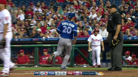 TOR@PHI: Donaldson reaches home after fielding error