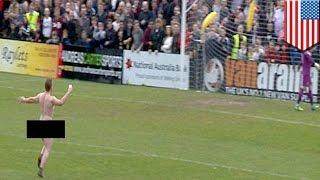 Soccer Streaker Selfie: Streaker At Southport FC Game Gets Selfie With Tony Thompson - TomoNews