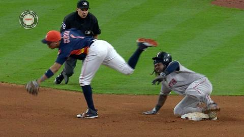 BOS@HOU: Hanley swipes second base in the 7th inning