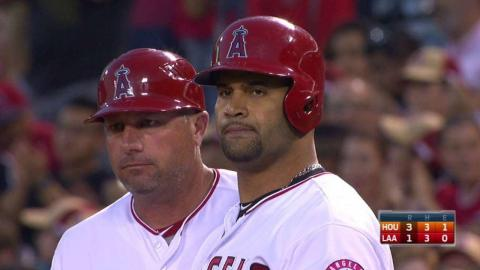 HOU@LAA: Pujols puts the Angels on the board