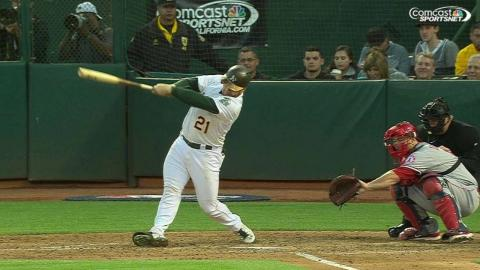 LAA@OAK: Vogt belts his 13th homer of the season