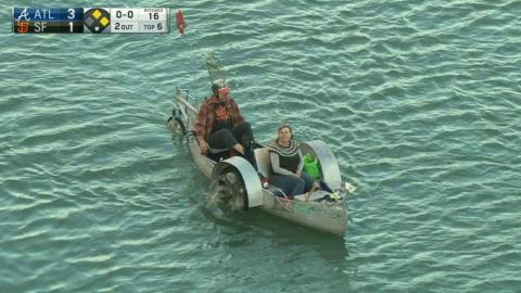 ATL@SF: Paddleboat spotted in McCovey Cove