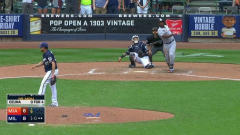 MIA@MIL: Ozuna belts a solo homer to center field