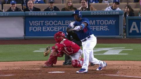 LAA@LAD: Puig lines an RBI single to right field