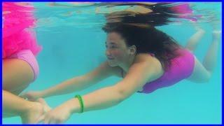 Girls Funny Pranks - Kids Swimming Underwater - Toddler Pool Swim Fun