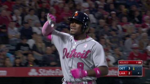 DET@LAA: Upton hammers a solo homer into left field